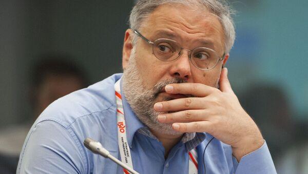 Ekonom Michail Chazin - Sputnik Česká republika