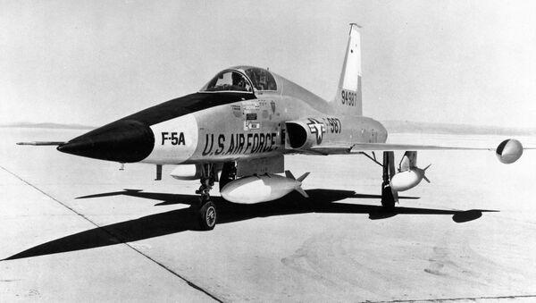 Stíhací letoun F-5A (archivní fotografie) - Sputnik Česká republika