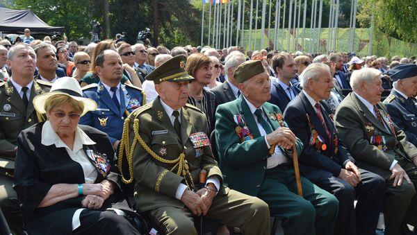 Účastníci oslav SNP - Sputnik Česká republika