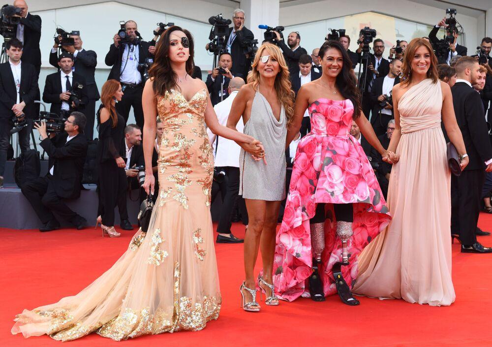 V Benátkách startoval filmový festival. Kdo získá Zlatého lva?