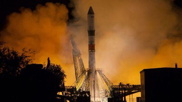 Start rakety Sojuz-2.1A - Sputnik Česká republika