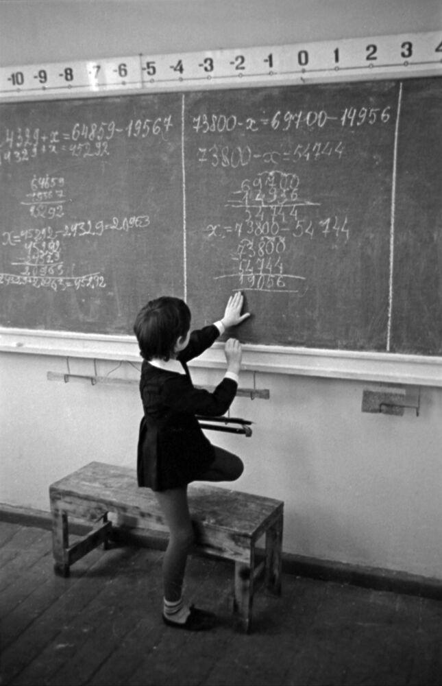 Poprvé do školy. Jak to bylo v dobách SSSR?