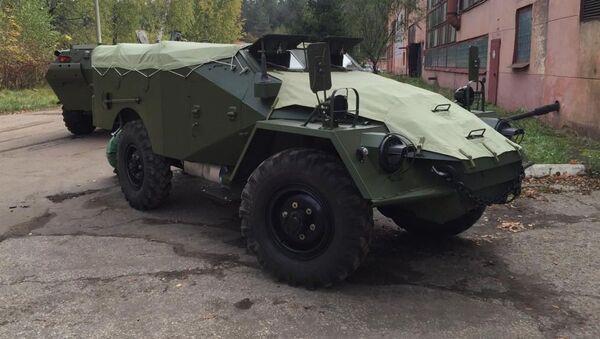 BTR-40 zrekonstruované Alexejem Migalinem - Sputnik Česká republika