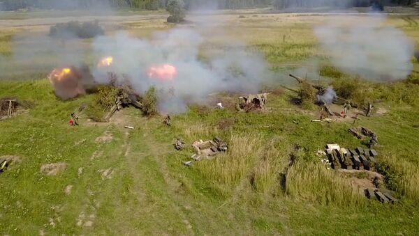 Cvičení motorizovaných dělostřeleckých jednotek a dělostřelců Baltského loďstva - Sputnik Česká republika