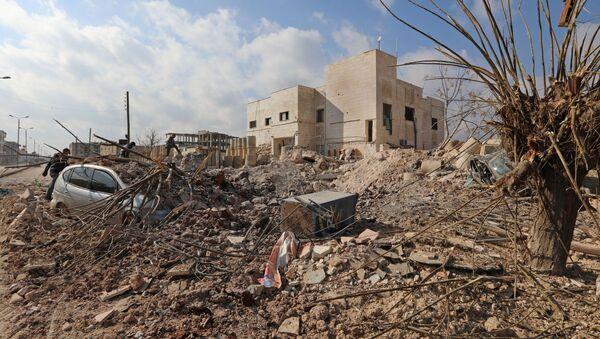 Nemocnice v Idlibu (Sýrie) zničená v důsledku leteckého útoku - Sputnik Česká republika
