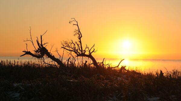 Západ slunce na ostrově Kunašir - Sputnik Česká republika