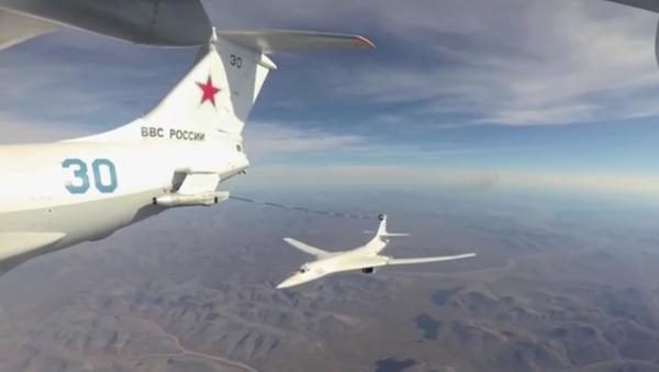 Ruské letouny Tu-160 vykonaly let přes Severní pól - Sputnik Česká republika