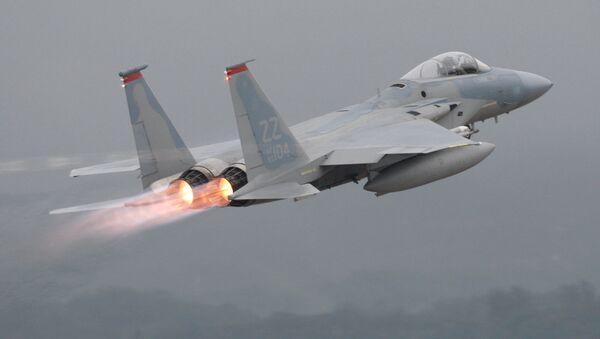 Americká stíhačka F-15  - Sputnik Česká republika