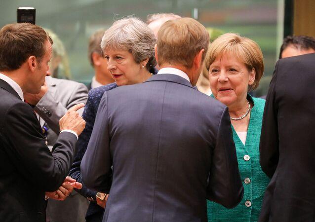 Britská premiérka Theresa Mayová a německá kancléřka Angela Merkelová na neformálním summitu EU