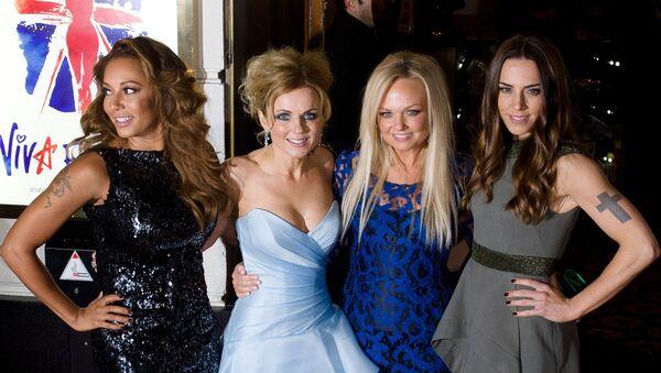 Spice Girls: Melanie Brownová, Geri Halliwellová, Emma Buntonová a Melanie Chisholmová - Sputnik Česká republika