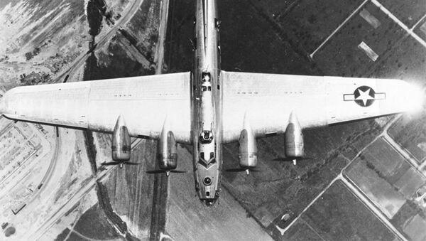 Americký bombardér B-17G během 2. světové války - Sputnik Česká republika