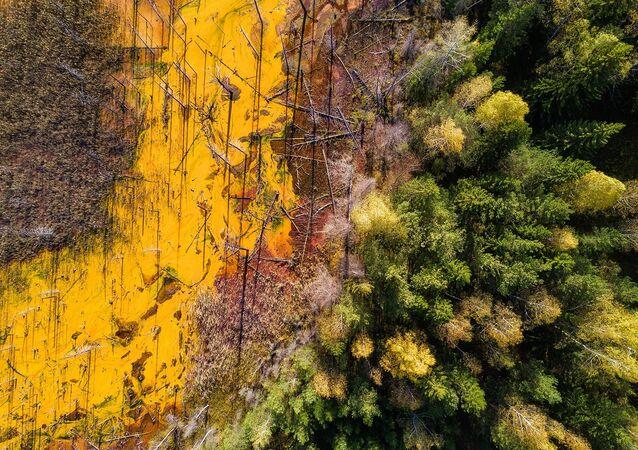 Děsivá krása: Snímky ze zatopeného kyselinového dolu