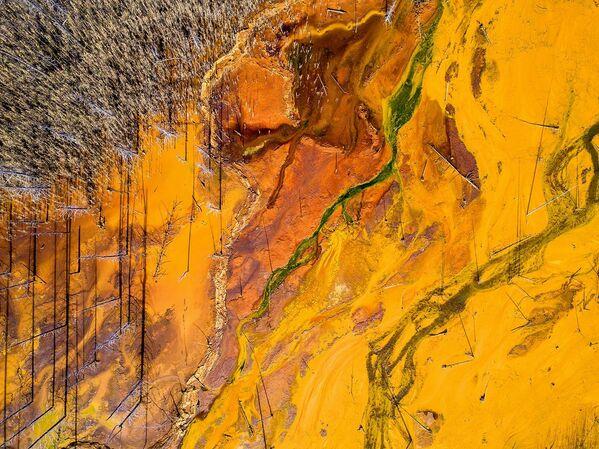Děsivá krása: Snímky ze zatopeného kyselinového dolu - Sputnik Česká republika