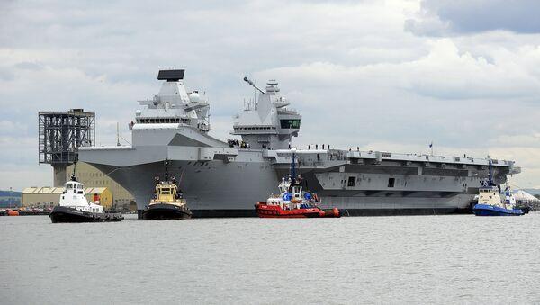 největší britská letadlová vojenská loď HMS Queen Elizabeth - Sputnik Česká republika