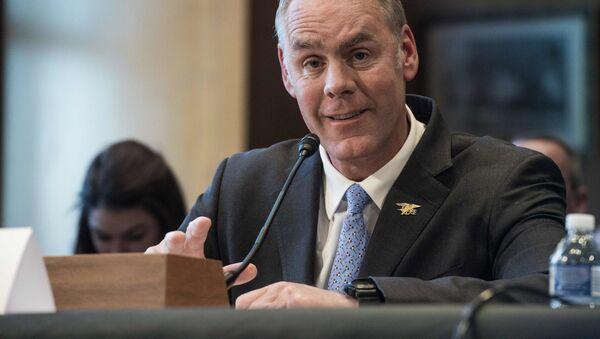 ministr vnitra USA Ryan Zinke - Sputnik Česká republika