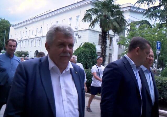 Poslanec slovenského parlamentu Peter Marček zverejnil na Youtube video z cesty na Krym