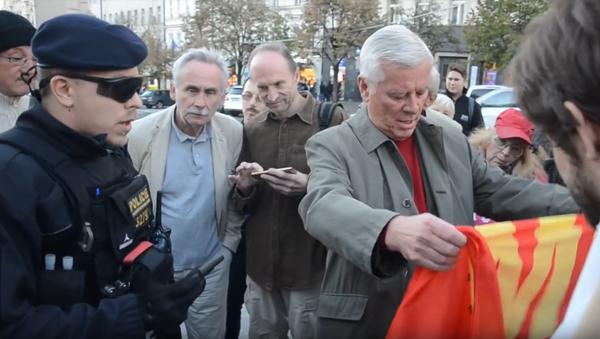 Policie při zásahu proti demonstrantům u příležitosti 80. výročí Mnichova - Sputnik Česká republika