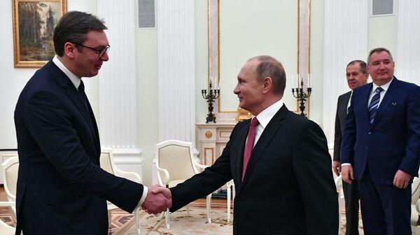 Vladimir Putin a Alexandar Vučič - Sputnik Česká republika