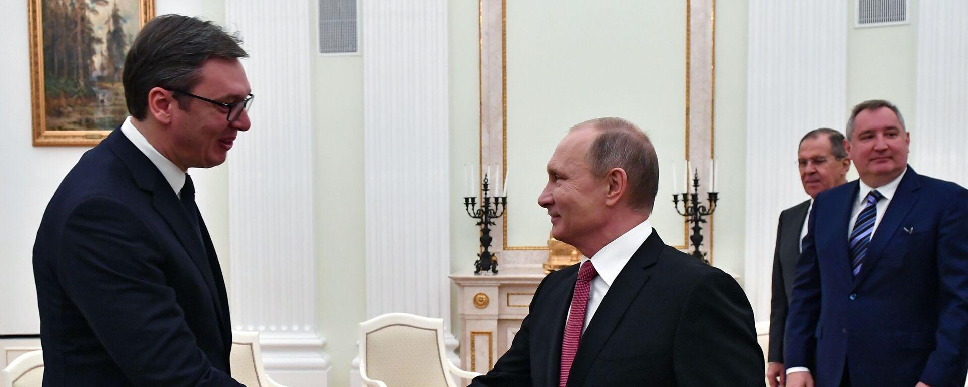 Vladimir Putin a Alexandar Vučič - Sputnik Česká republika, 1920, 04.06.2021