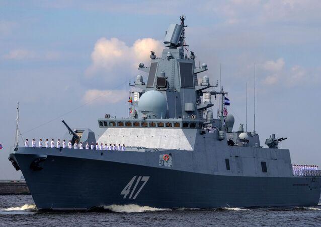 Ruská fregata Admirál Gorškov. Ilustrační foto