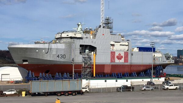 první lodi arktické třídy pro kanadské vojenské námořnictvo Harry De Wolf - Sputnik Česká republika