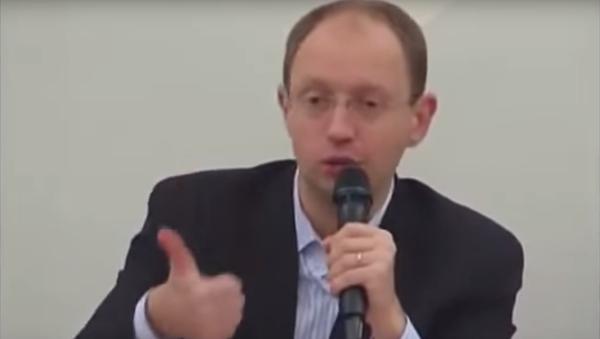 Ukrajinský premiér Jaceňuk v roce 2012: Putin je zachráncem Ruska - Sputnik Česká republika