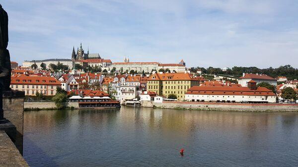 Вид с Карлового моста на Прагу - Sputnik Česká republika