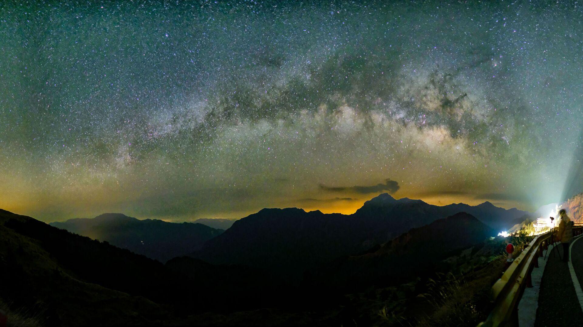 Млечный путь с горы Хехуан в Тайване - Sputnik Česká republika, 1920, 30.05.2021