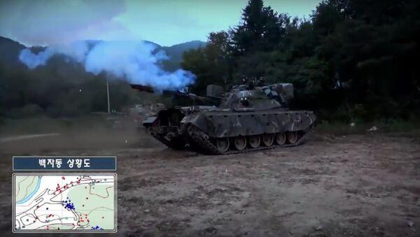 """""""Létající"""" T-80U se v Jižní Koreji střetly s tanky M48A5K - Sputnik Česká republika"""
