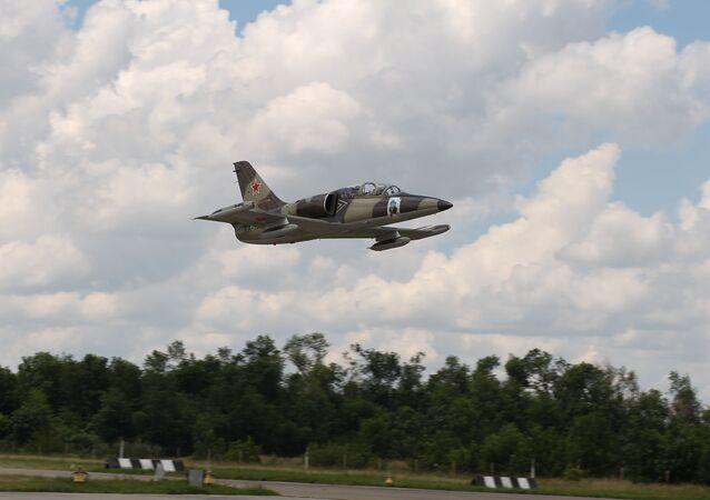 Bojové cvičné letadlo L-39.