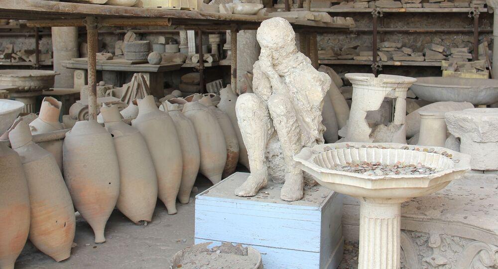 Zkamenělý člověk, který zahynul v důsledku erupce Vesuvu