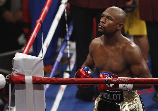 Americký boxer Floyd Mayweather