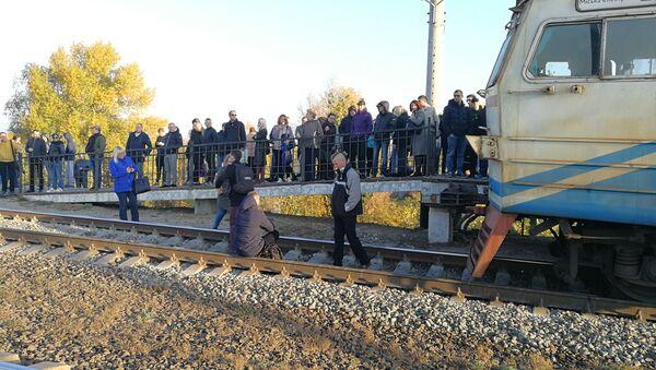 Zablokovaný vlak v Kyjevě - Sputnik Česká republika