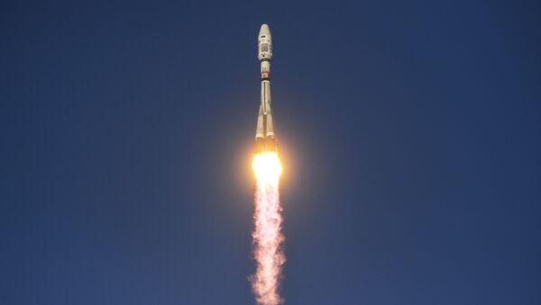 Spuštění nosné rakety Sojuz 2.1b - Sputnik Česká republika