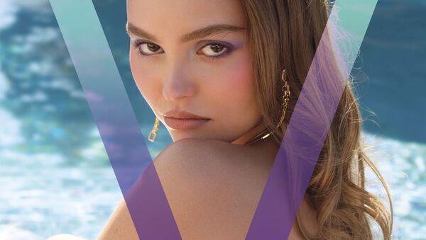 Lili-Rose Melody Depp na obálce zimního vydání časopisu V - Sputnik Česká republika