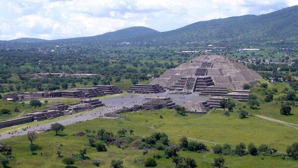 Měsíční pyramida v Mexiku - Sputnik Česká republika