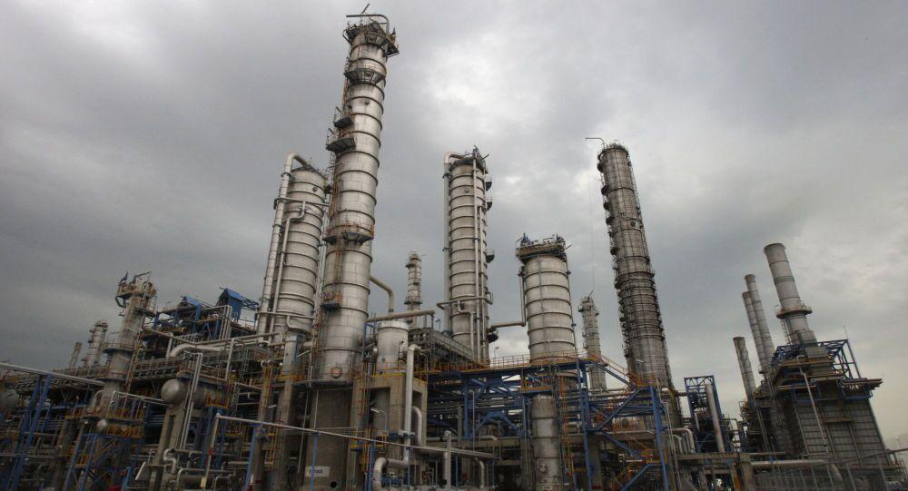 Petrochemický komplex v Íránu