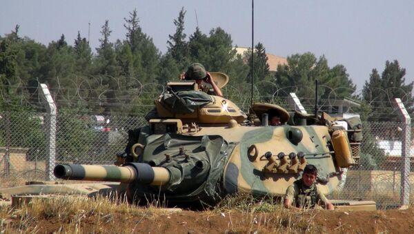 Turečtí vojáci na hranici se Sýrii. Archivní foto - Sputnik Česká republika