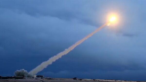 Testování rakety s plochou dráhou letu s jaderným pohonem Burevestnik. Ilustrační foto - Sputnik Česká republika