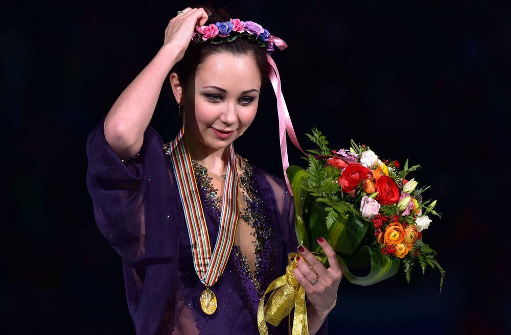 Elizaveta Tuktamyševa: Kdo je tento nový sex symbol ruského krasobruslení?