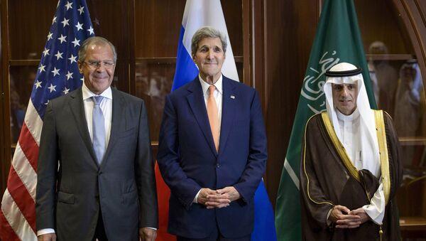 Sergej Lavrov, John Kerry a Adel al-Jubeir - Sputnik Česká republika
