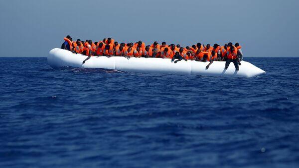 Migranti u břehů Libye - Sputnik Česká republika