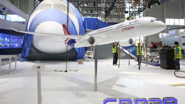 Maketa rusko-čínského letadla CR-929 - Sputnik Česká republika