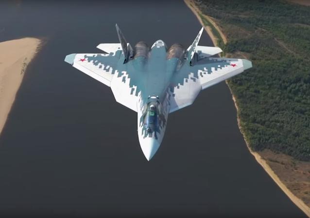 Nové video Su-57