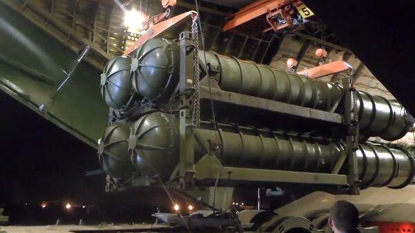 Protivzdušné systémy S-300 v Sýrii - Sputnik Česká republika