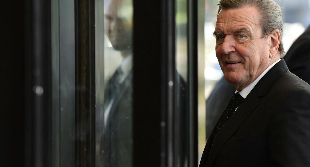 Bývalý německý kancléř Gerhard Schröder