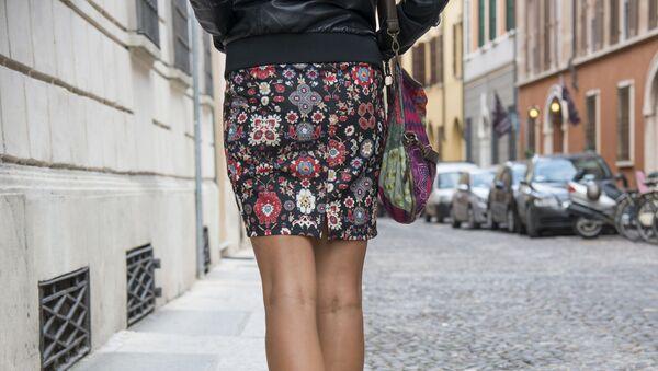Dívka v sukni. Ilustrační foto - Sputnik Česká republika