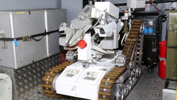 Vojenský robot RD-RHR - Sputnik Česká republika