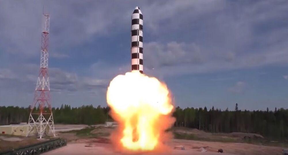 Cvičný start nové mezikontinentální balistické rakety Sarmat