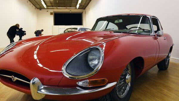 Kupé Jaguar E-type z let 1961-1968, modifikace 4.2 MT - Sputnik Česká republika